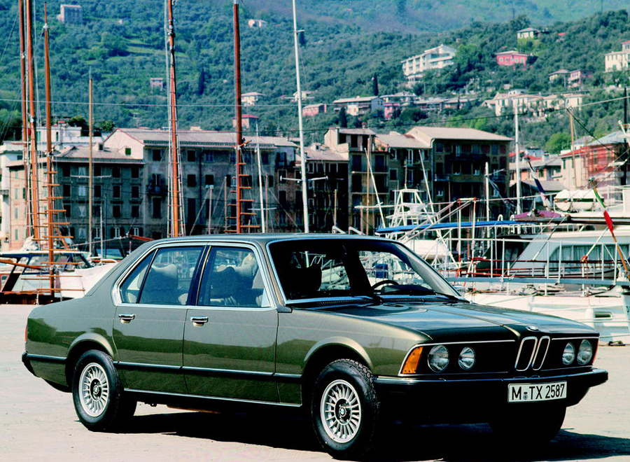 bmw_E23_background