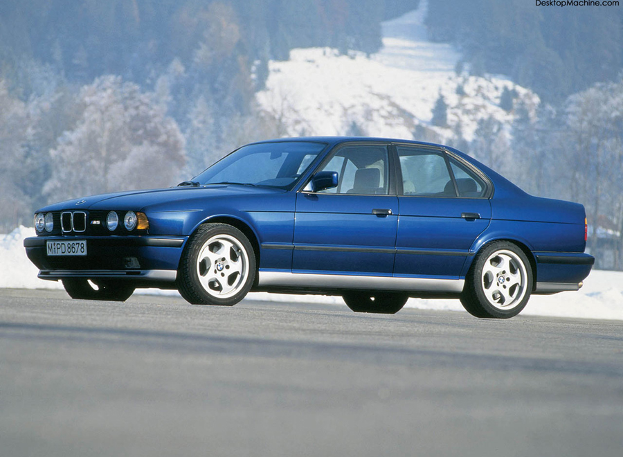 bmw_E34M5_background